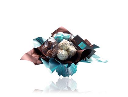 Náš tip na originální dárek . Nabízíme Vám možnost vybrat si čokoládu , ze které Vám kytku uvážeme do druhého dne.