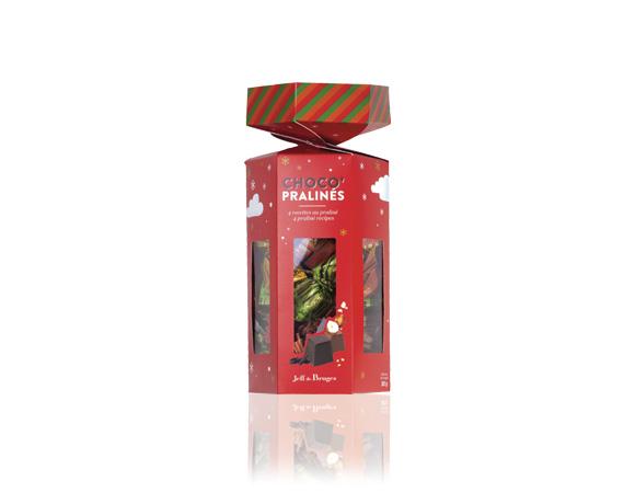 Velký papírový bonbonek obsahuje čokoládové vánoční bonbony, vše kvalitní a vyráběné v Belgii.