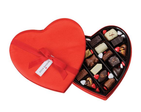 Velké srdce naplněné 400 g čokolády. Dárek, který potěší.