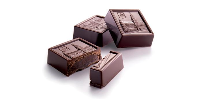Čokolády hořké (140 Kč/100 g)