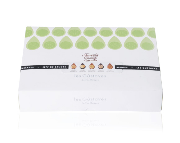 Krabička obsahuje 30 ks jednotlivě balených Gustavů, 5 druhů, mléčné a hořké vždy s delikatesní sušenkou. Kombinace výborné sušenky a výborné čokolády Vás nadchne. Ideální dárek.